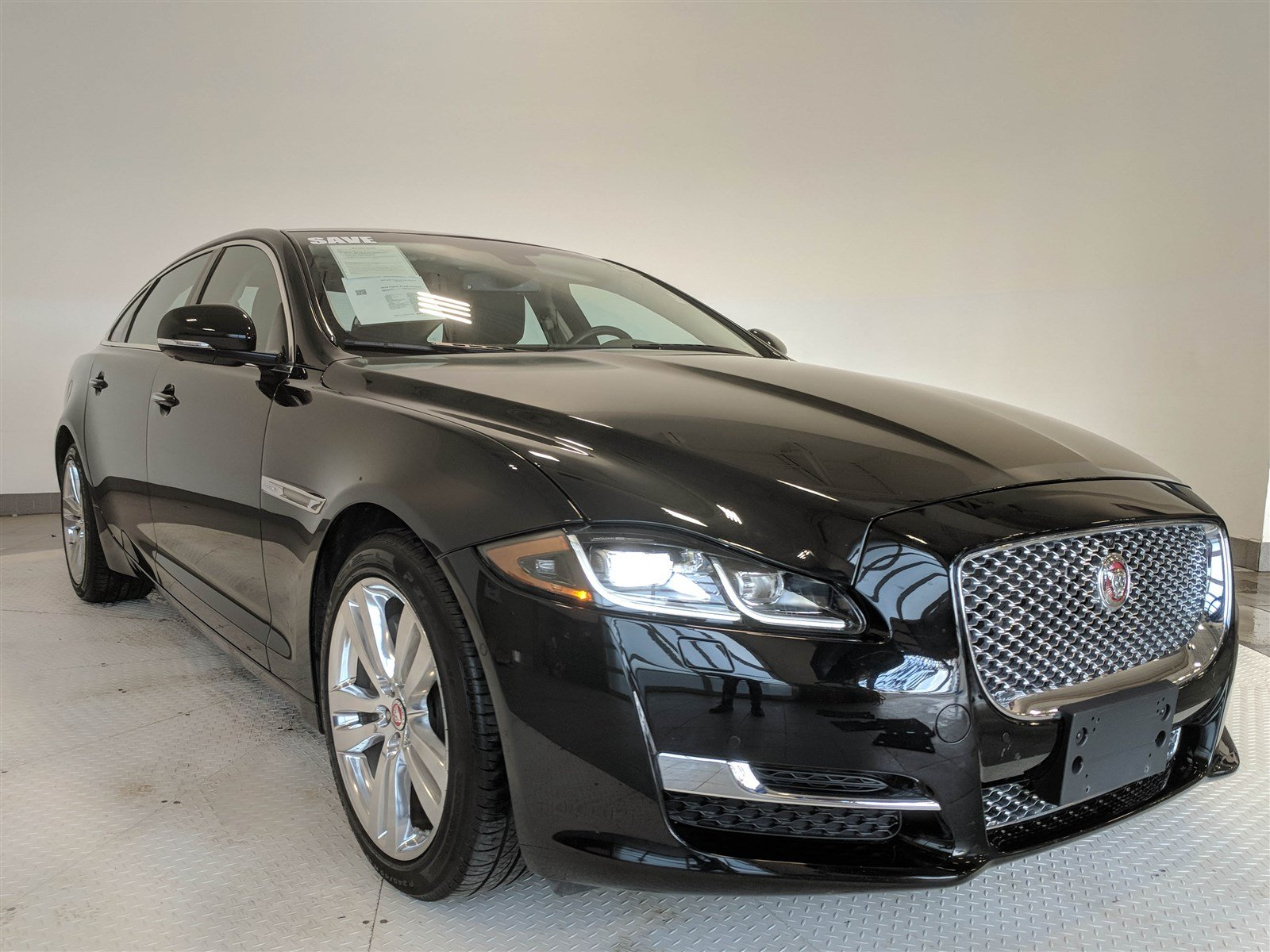 awd cincinnati sport owned f premium used pre jaguar utility inventory in pace