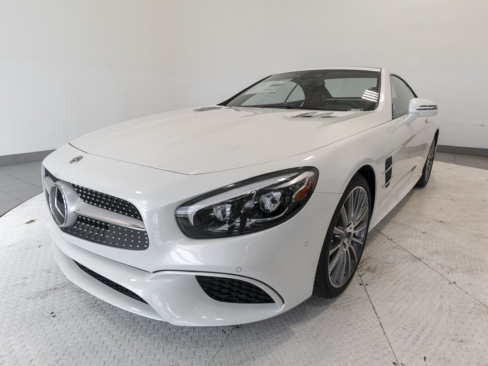 New 2019 Mercedes Benz SL SL 550 ROADSTER in Fort Mitchell